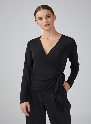 Gusto Kadın Siyah Anvelop Kesim Uzun Kollu Bluz 20KG009531 Siyah
